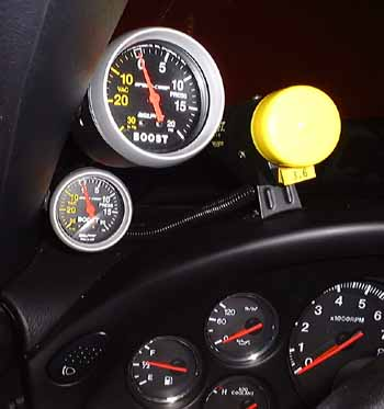 boost_gauges2.jpg (21460 bytes)